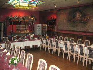 Hotel Les Arcades, Hotely  Saint-Cast-le-Guildo - big - 23