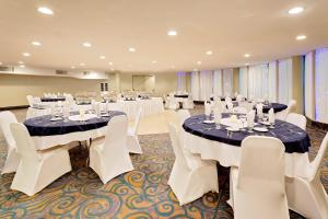 Ramada by Wyndham Kamloops, Hotely  Kamloops - big - 30