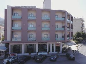 Hostels e Albergues - Ionion Hotel