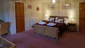 Magpies Lodge, Bed and breakfasts  Slinfold - big - 9