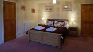 Magpies Lodge, Bed and breakfasts  Slinfold - big - 10