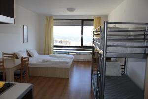 Apartment Kutelo, Apartments  Bansko - big - 65