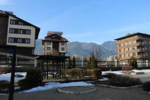 Apartment Kutelo, Apartments  Bansko - big - 29