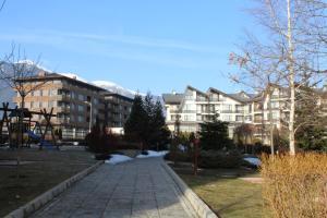 Apartment Kutelo, Apartments  Bansko - big - 34