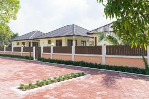 Lucky Villa Residence - Lipa Noi