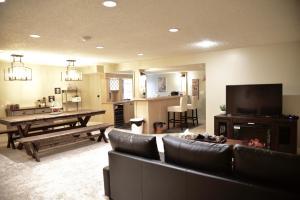 Calgary Cozy Home - Cochrane