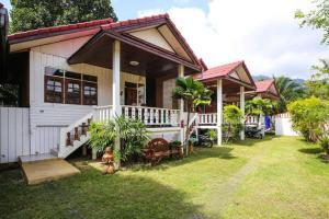 Happy house - Ban Thung