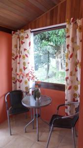 Pousada Canto do Lago, Гостевые дома  Пиракая - big - 46