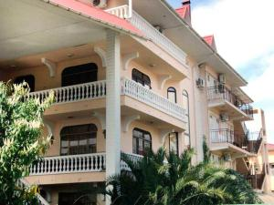 Отель Анна