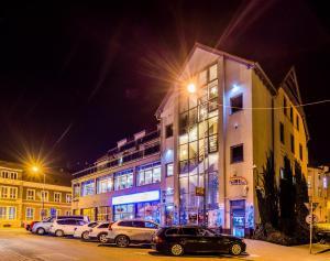 . Hotel Restauracja Tęczowa