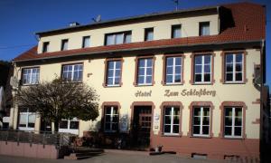 Hotel Restaurant zum Schlossberg - Hasborn-Dautweiler