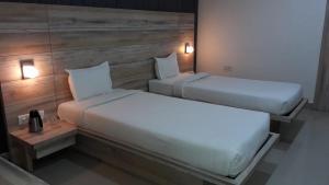 Auberges de jeunesse - Samdareeya Hotel