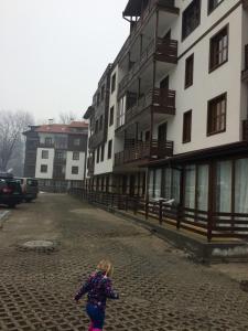 Mountain View Apartment B23