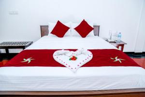Crescent Sea Resort, Rezorty  Nilaveli - big - 2