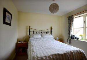 Eastbrook Cottage, Bed and Breakfasts  Trowbridge - big - 35