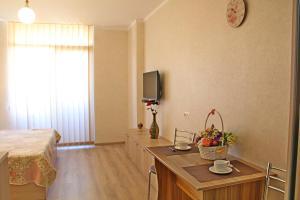Orbi Mariami, Apartmanok  Batumi - big - 2