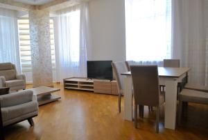Luxurious Apartment by Caspian Housing, Apartmány  Baku - big - 12