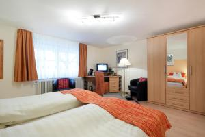 Standard Double Room Hotel Pension Stern