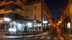 Alojamento Local Trigal, Apartmanok  Funchal - big - 1