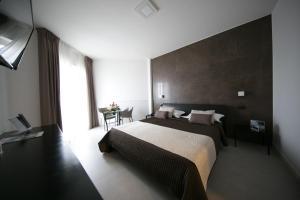 Mediterranea Hotel & Convention Center, Szállodák  Salerno - big - 12