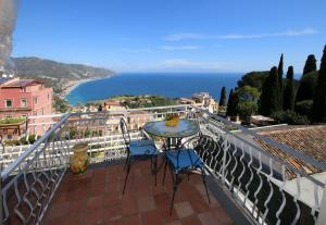 Taormina Wonderful View - AbcAlberghi.com