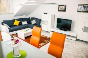 Goldstadt Business Apartments - Königsbach Stein