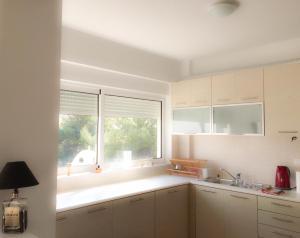 Rafina Luxury Apartments, Ferienwohnungen  Rafina - big - 6
