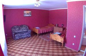 Guest house U Lary - Dzhaga