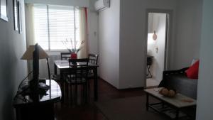 Edificio Standard Life U, Apartmanok  Montevideo - big - 17