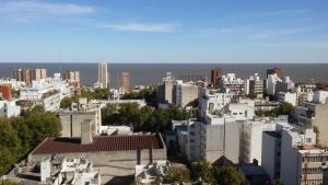 Edificio Standard Life U, Apartmanok  Montevideo - big - 9