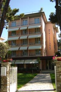 Hotel Mediterraneo, Hotels  Marina di Pietrasanta - big - 7