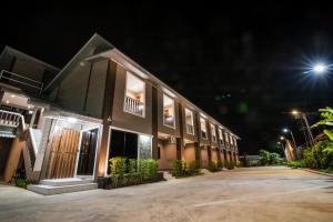 Jula Service Apartment - Ban Chin Tham Mai
