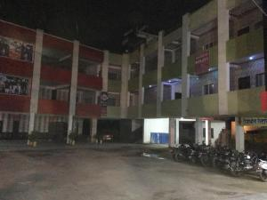 Auberges de jeunesse - Shreyansh Hotel