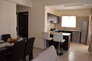 Zephyros Apartments, Apartmanok  Mandriá - big - 2