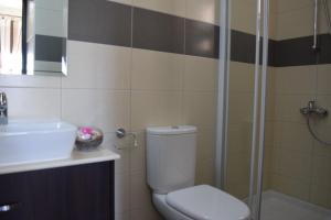 Zephyros Apartments, Apartmanok  Mandriá - big - 15