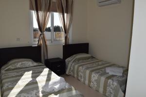 Zephyros Apartments, Apartmanok  Mandriá - big - 22