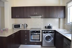 Zephyros Apartments, Apartmanok  Mandriá - big - 24