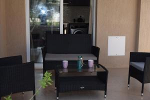 Zephyros Apartments, Apartmanok  Mandriá - big - 33