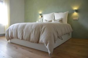 B&B Huize Momentum, Bed & Breakfasts  Zottegem - big - 9