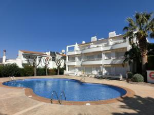 Res. La Farella A 1-9, Apartments  Llança - big - 5