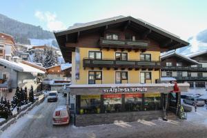 Bike & Ski Hotel Conrad