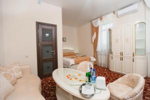 Hotel TriA - Gribtsovo