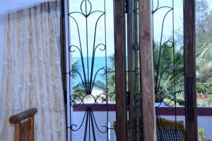 East Beach Surf Resort - Baie d'Arugam