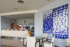 Royal Costa, Отели  Торремолинос - big - 46