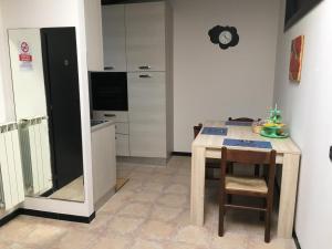 Room & Breakfast Airport, Guest houses  Bergamo - big - 24