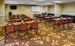 Hampton Inn Columbia Northeast - Two Notch Road, Отели  Колумбия - big - 17