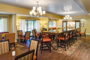 Hampton Inn Columbia Northeast - Two Notch Road, Отели  Колумбия - big - 12