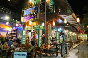 Auberges de jeunesse - Huan Saran