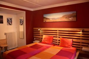 Adventure Hostel - Accommodation - Klosters