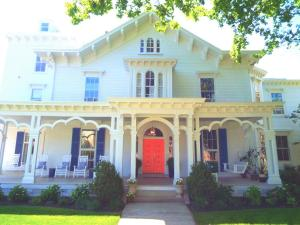 Bayberry Inn of Newport, Bed & Breakfasts  Newport - big - 1